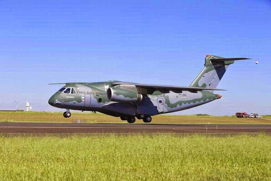 Brasil - Página 39 Brazilian-made%2Btransport%2Baircraft%2Bcompleted%2Bits%2Bfirst%2Bflight%2BKC390%2B3