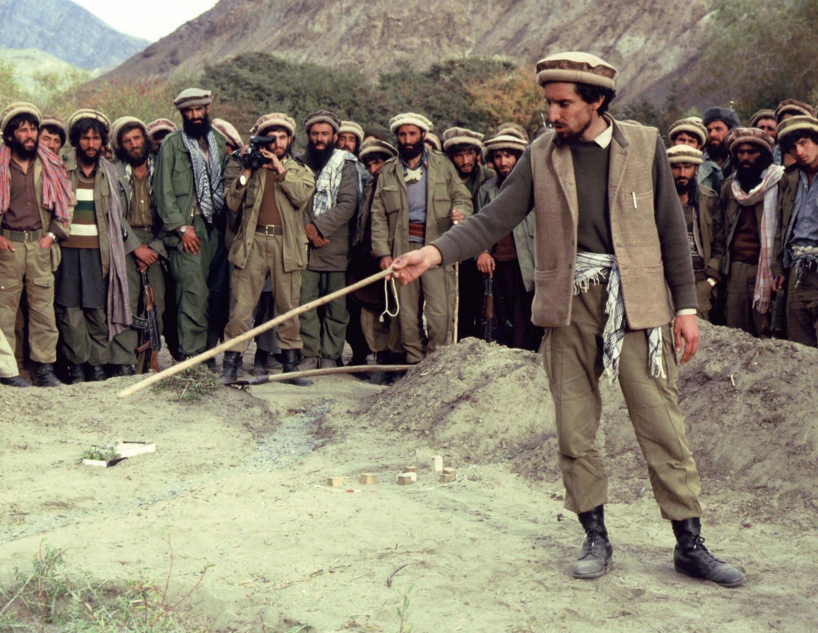 Qui était réellement Massoud l'Afghan - Page 2 1251555873