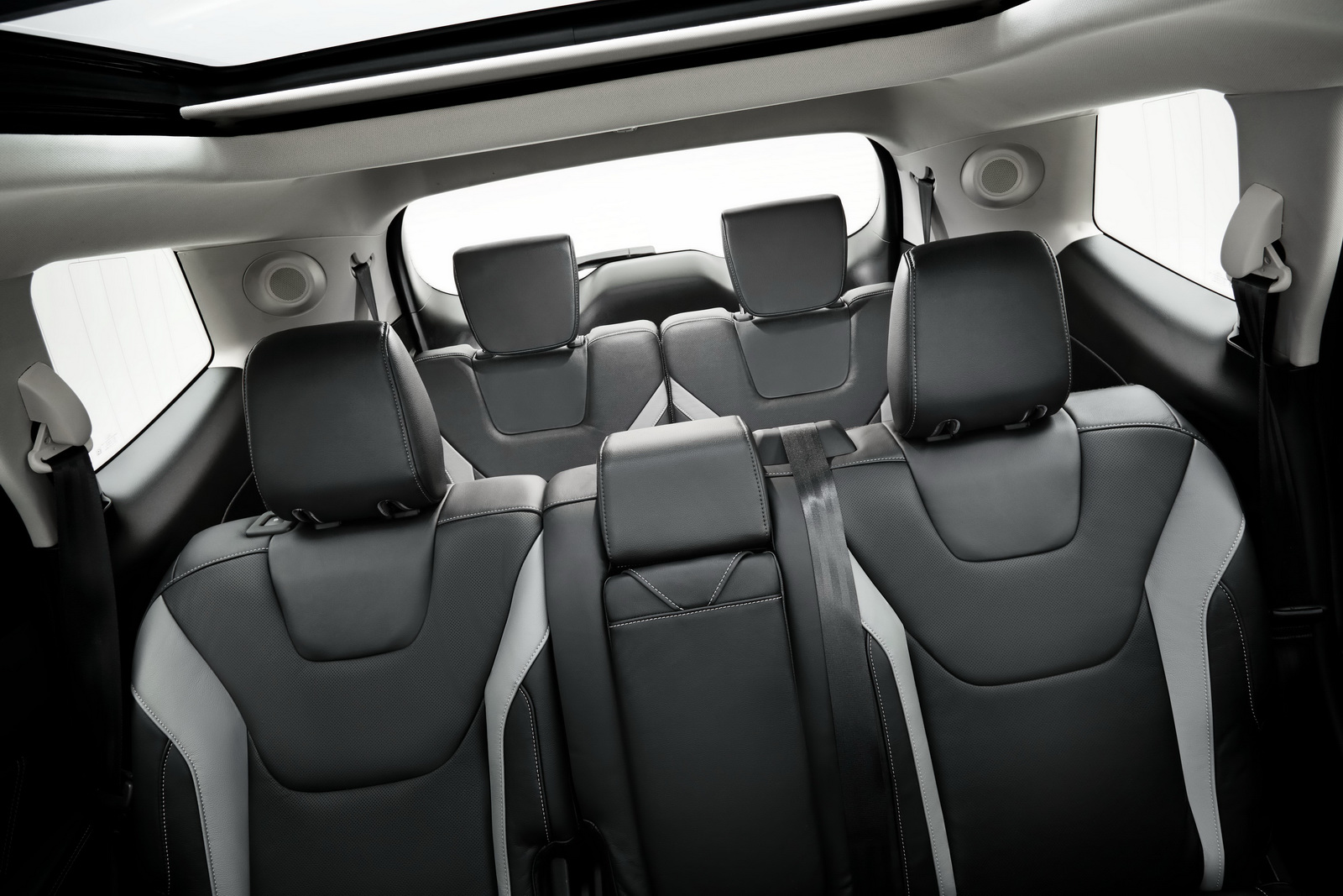 2015 - [Ford] Edge II - Page 4 Ford-Edge-7-seat-China-8
