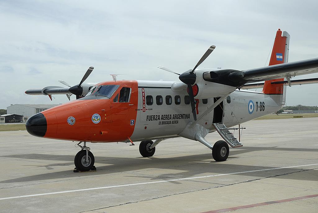 bimoteur a ailes hautes sur LFCS T-86