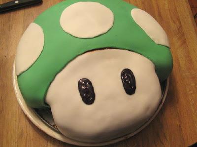 ¿Alguien cumple años hoy? Creo que no *SHOT* Super_mario_cakes_50