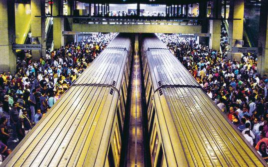 Propuesta de un Nuevo Modelo de Regulación Jurídica para Los Sistemas de Transporte Masivo