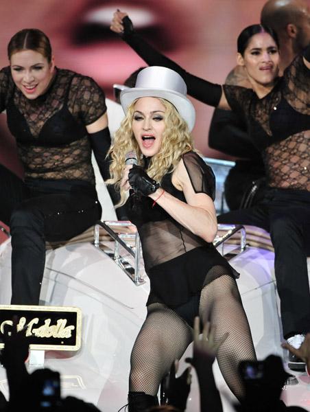 Gira >> MDNA Tour 2012 - Página 2 Oa17