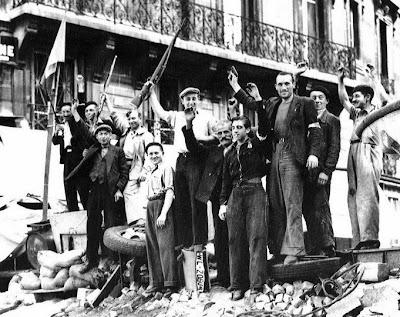 Portugueses nas pampas... - Página 3 Liberation_de_paris1