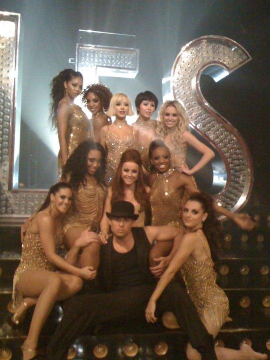 [Tema Oficial] Fotos Promo + Poster Oficial de Burlesque! - Página 3 Back-burlesque