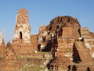 வரலாற்று சிறப்புமிக்க படங்கள் .... - Page 6 Tailand