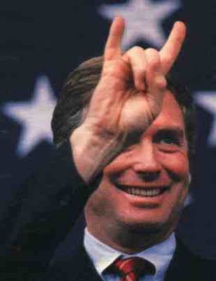 NWO a Satanic Cult Danquayle-horned_sign