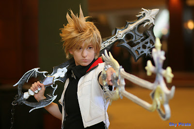 Cosplay Kingdom Hearts Roxas___Stand_Down_by_AerithReborn
