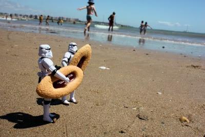 COIN FLOOOOOooooooooD - Page 3 Stormtroopers_48