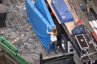 the stunt actors gotta actually do some manual labor