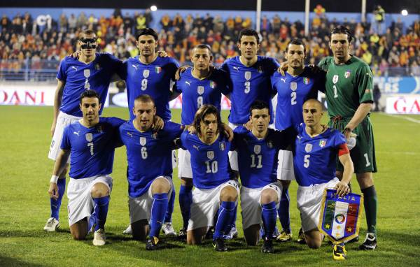 Itālija izlase. World-Cup-2010-Italy-Football-Team-Wallpaper