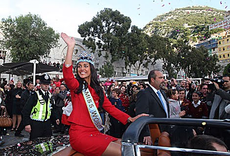 Kaiane Aldorino - Miss World 2009- Official Thread (Gibraltar) - Page 2 1261076518_0