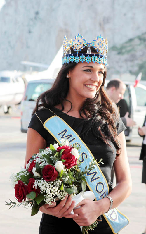 Kaiane Aldorino - Miss World 2009- Official Thread (Gibraltar) - Page 2 Missgibraltar121796