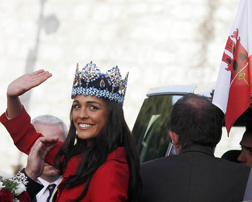 Kaiane Aldorino - Miss World 2009- Official Thread (Gibraltar) - Page 2 Missgibraltar121792