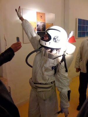 Fiesta del Condón - Página 4 Astronauta2