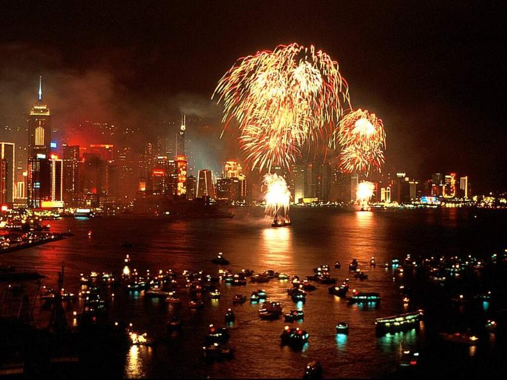 صور عام 2012 جديدة Chinese-new-year-fireworks-hong-kong