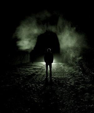 Người với bóng! (thơ- ntd) The_silence_of_darkness____by_sm00k