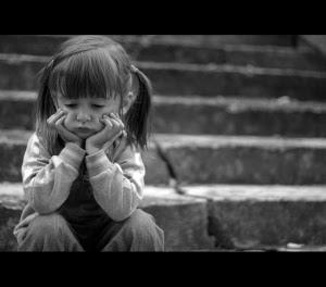 Imagem do dia - Página 5 Deus-cada-dia-que-passa-eu-me-sinto-tao-triste-e-derrotada
