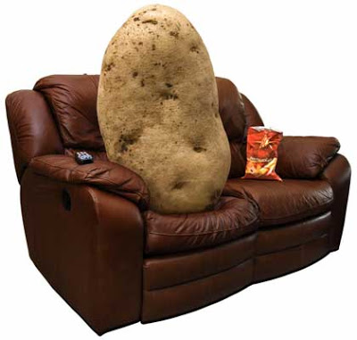 DAILY MAIL REPORT: 'Looking for Mr. Rich? The key to a man's wealth is in his fingers!' Couch-potato