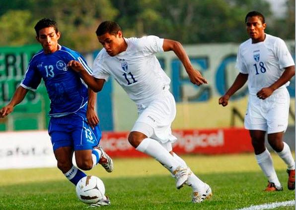 J.C. y del C. 2010 Eliminatorias - Jugando de visitante - El Salvador 1 Honduras 0. HONDURAS%2BEL%2BSALVADOR