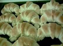 Božićni i Uskrsni kolači Bijele-kifle-recepti-za-kolace-suhi-kolaci