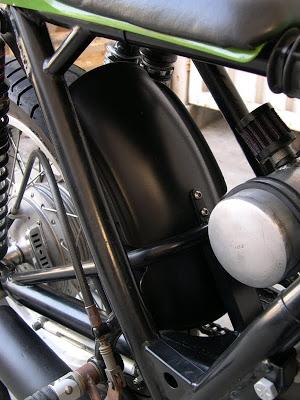 Kawa Z1 Café Racer Rfender_800