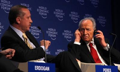 La nouvelle diplomatie turque? Erdogan-peres