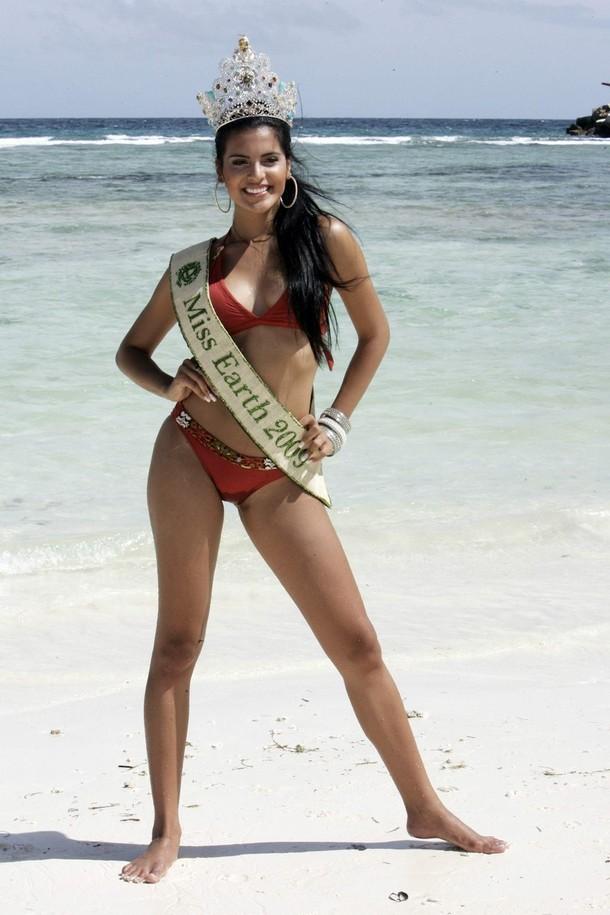 ☻♠☼ Galeria de Larissa Ramos, Miss Earth 2009.☻♠☼ - Página 4 101