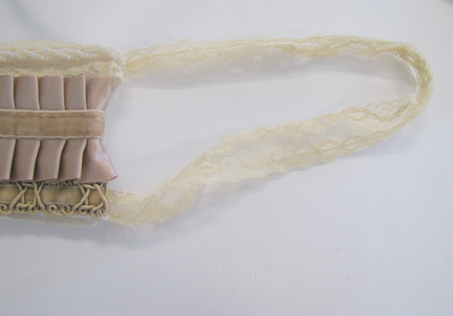 Браслет-манжета из ткани, лент и кружев IMG_8388