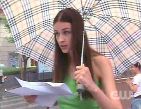 Off-Topic's Next Top Model (Final Week -  Top 3 Pag. 25 / Votacion Pag. 26) - Página 16 Heatherumbrella