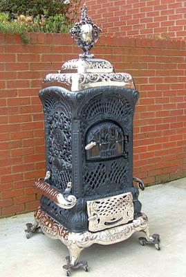 பழமை மாறாத கணப்படுப்புகள் {Antique Stove} Antique-stoves-01