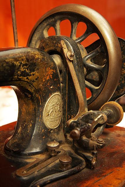 Винтажные швейные машинки IMG_4022