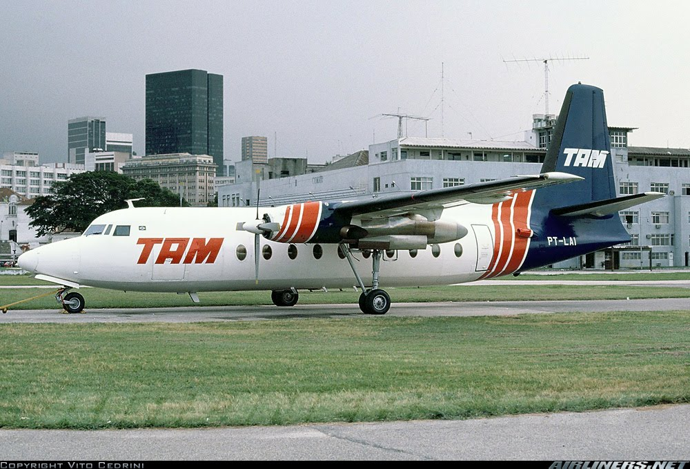 Fokker 27-200 TAM Teste de pintura 1372707