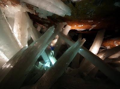 NAICA... Los cristales más grandes del mundo. Cuevas_naica