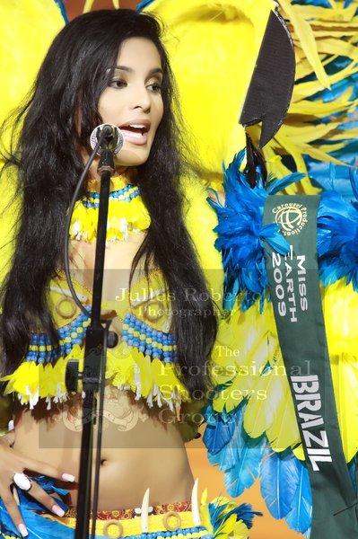 ☻♠☼ Galeria de Larissa Ramos, Miss Earth 2009.☻♠☼ - Página 3 Nova2