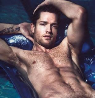 Mẫu nam chụp ảnh nghệ thuật hot - quá đẹp Ronnie_Kroell_naked2