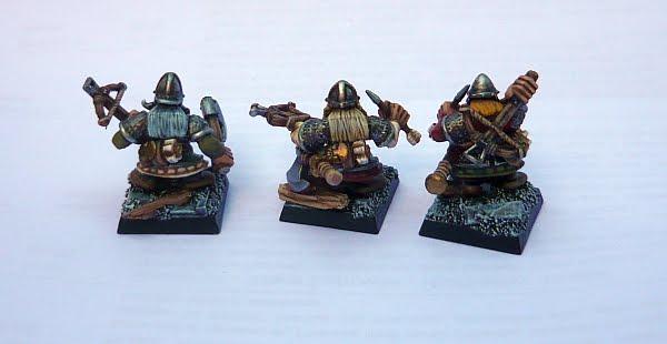 Skavenblight's painting dwarfs... again! D4