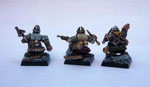 Skavenblight's painting dwarfs... again! D3