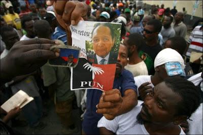 En Haïti, c'est la Dolce Vita Pour l'Ancien Dictateur 'Baby Doc' Duvalier Duvalier12