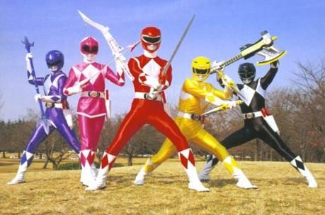 Ladrones espantados por un power ranger !!! Power_Rangers