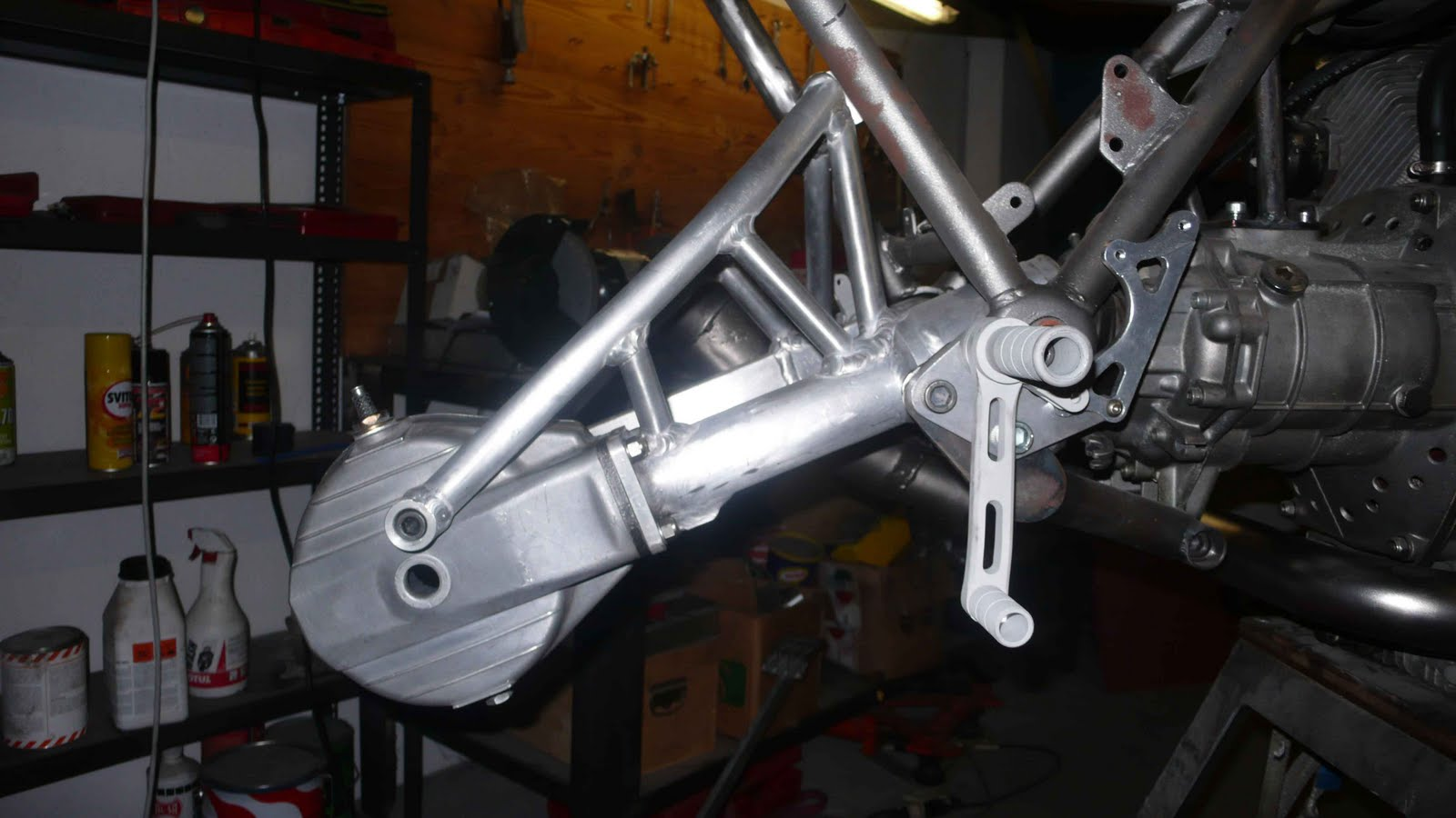 Guzzi SP-R1000de Ram77 (sujet déplacé de Guzzi l'essentiel) Guzzi-2V-endurance-%235