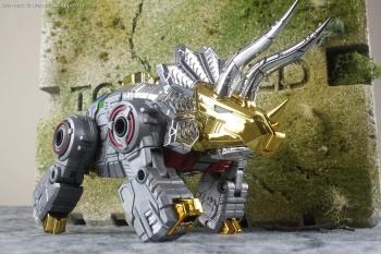 [Toyworld][Zeta Toys] Produit Tiers - Jouet TW-D aka Combiner Dinobots - Page 3 09zbtTPW