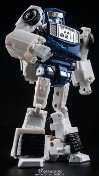 [X-Transbots] Produit Tiers - Minibots MP - Gamme MM - Page 5 0LoVVNSb