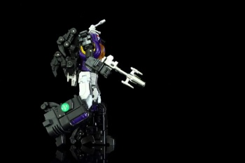 [Fanstoys] Produit Tiers - Jouet FT-12 Grenadier / FT-13 Mercenary / FT-14 Forager - aka Insecticons - Page 2 1wr2LAQ5