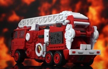 [Maketoys] Produit Tiers - MTRM-03 Hellfire (aka Inferno) et MTRM-05 Wrestle (aka Grapple/Grappin) - Page 3 3FdVDS3n