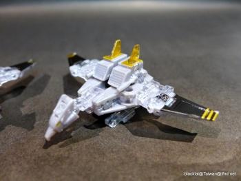 [Masterpiece Hasbro] YEAR OF THE GOAT SOUNDWAVE - Sortie Mars 2014 3LPIMcyV