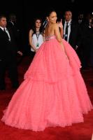 Rihanna  57th Annual GRAMMY Awards in LA 08.02.2015 (x79) updatet 5pCpmJlq