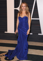 """Kelly Preston """"2015 Vanity Fair Oscar Party hosted by Graydon Carter at Wallis Annenberg Center for the Performing Arts in Beverly Hills"""" (22.02.2015) 46x  95wnFVUW"""