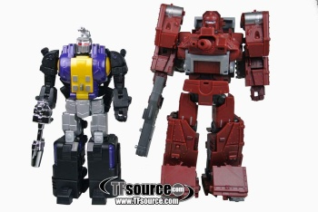 [Fanstoys] Produit Tiers - Jouet FT-12 Grenadier / FT-13 Mercenary / FT-14 Forager - aka Insecticons - Page 2 BTnh1zzA
