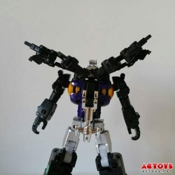[Fanstoys] Produit Tiers - Jouet FT-12 Grenadier / FT-13 Mercenary / FT-14 Forager - aka Insecticons - Page 2 Bc7T9SFu